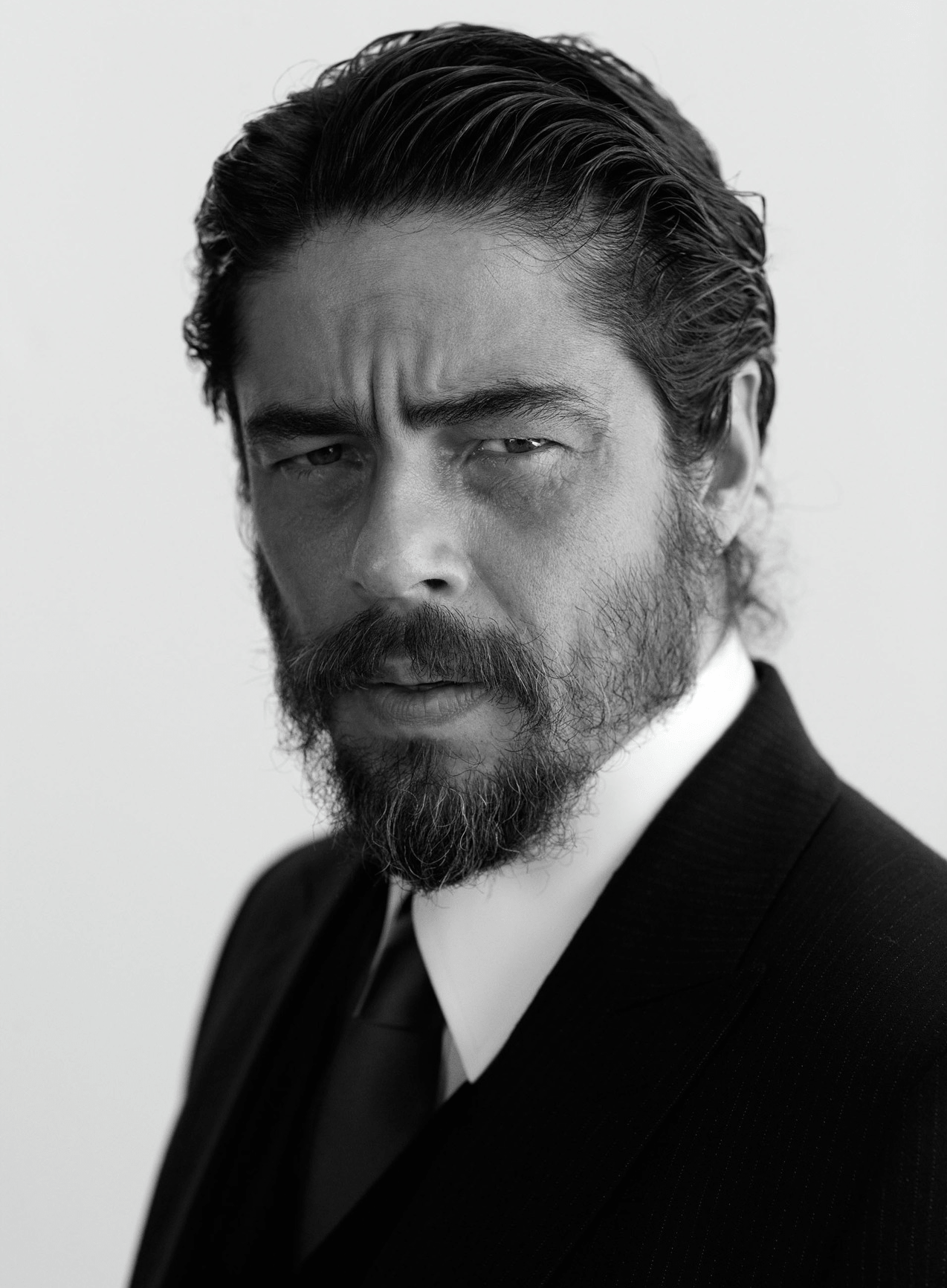 Benicio Del Toro For mobile