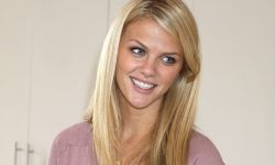 Brooklyn Decker HD pics