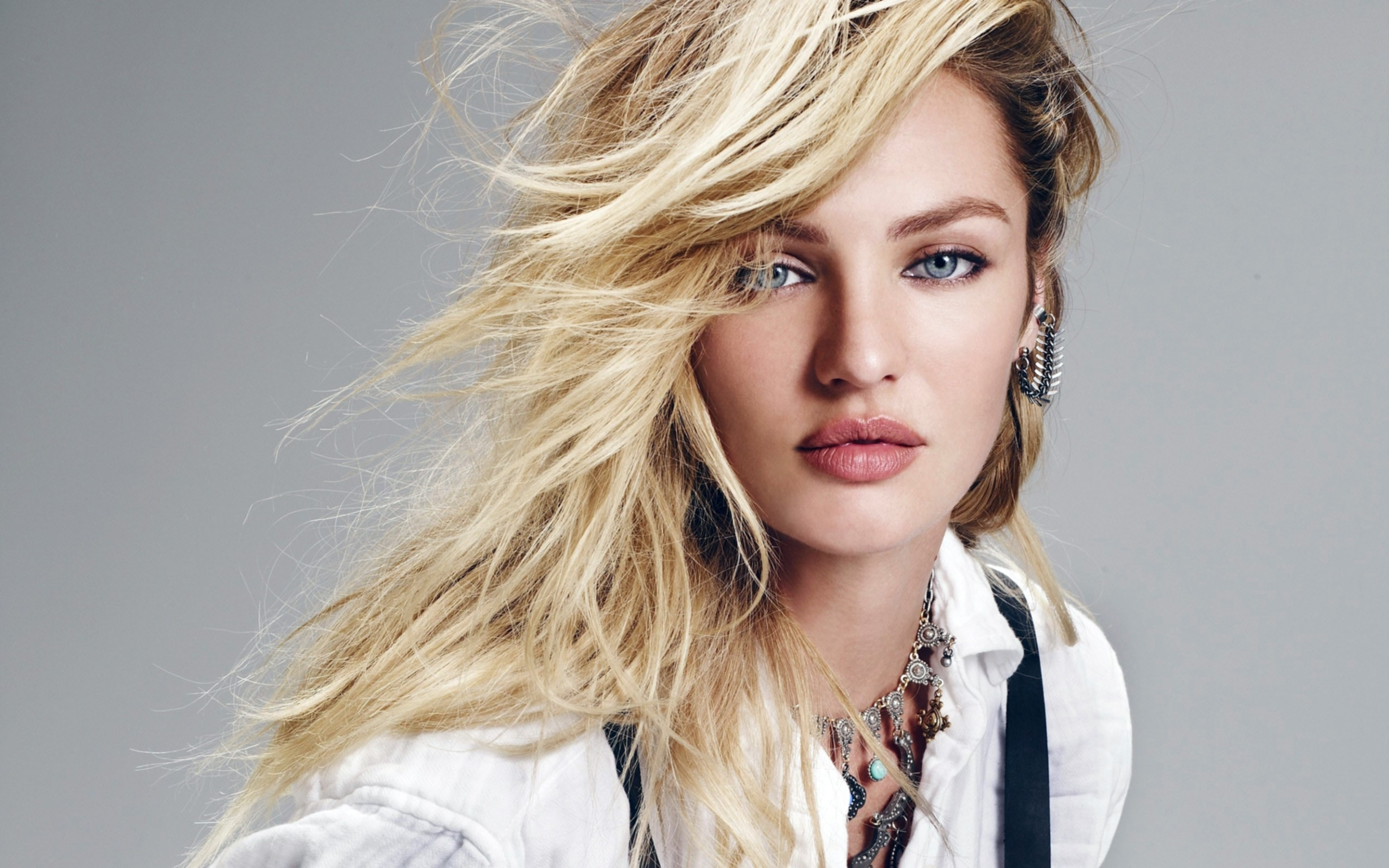Candice Swanepoel HD pics