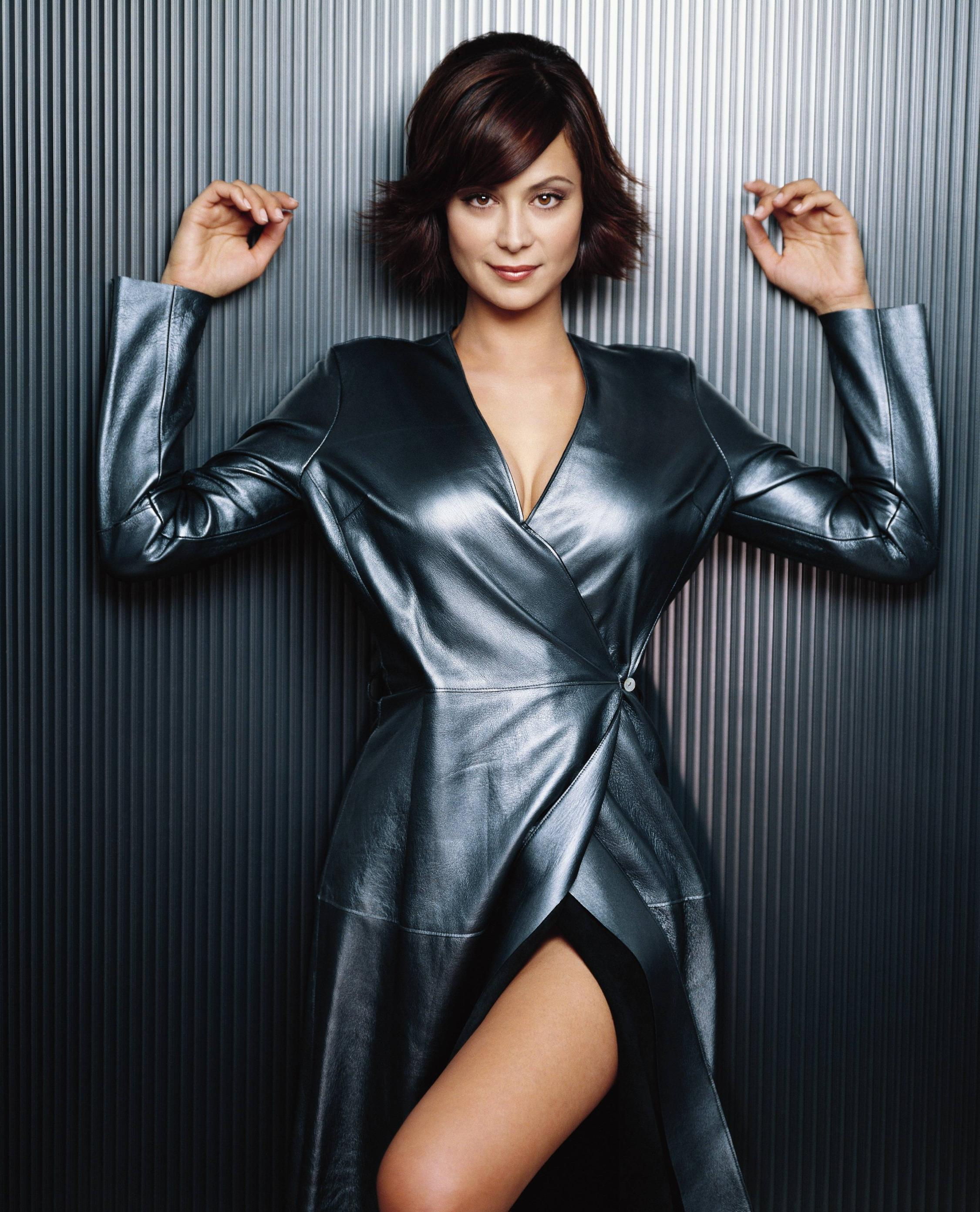 Catherine Bell HD pics