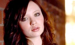 Emily Browning HD pics