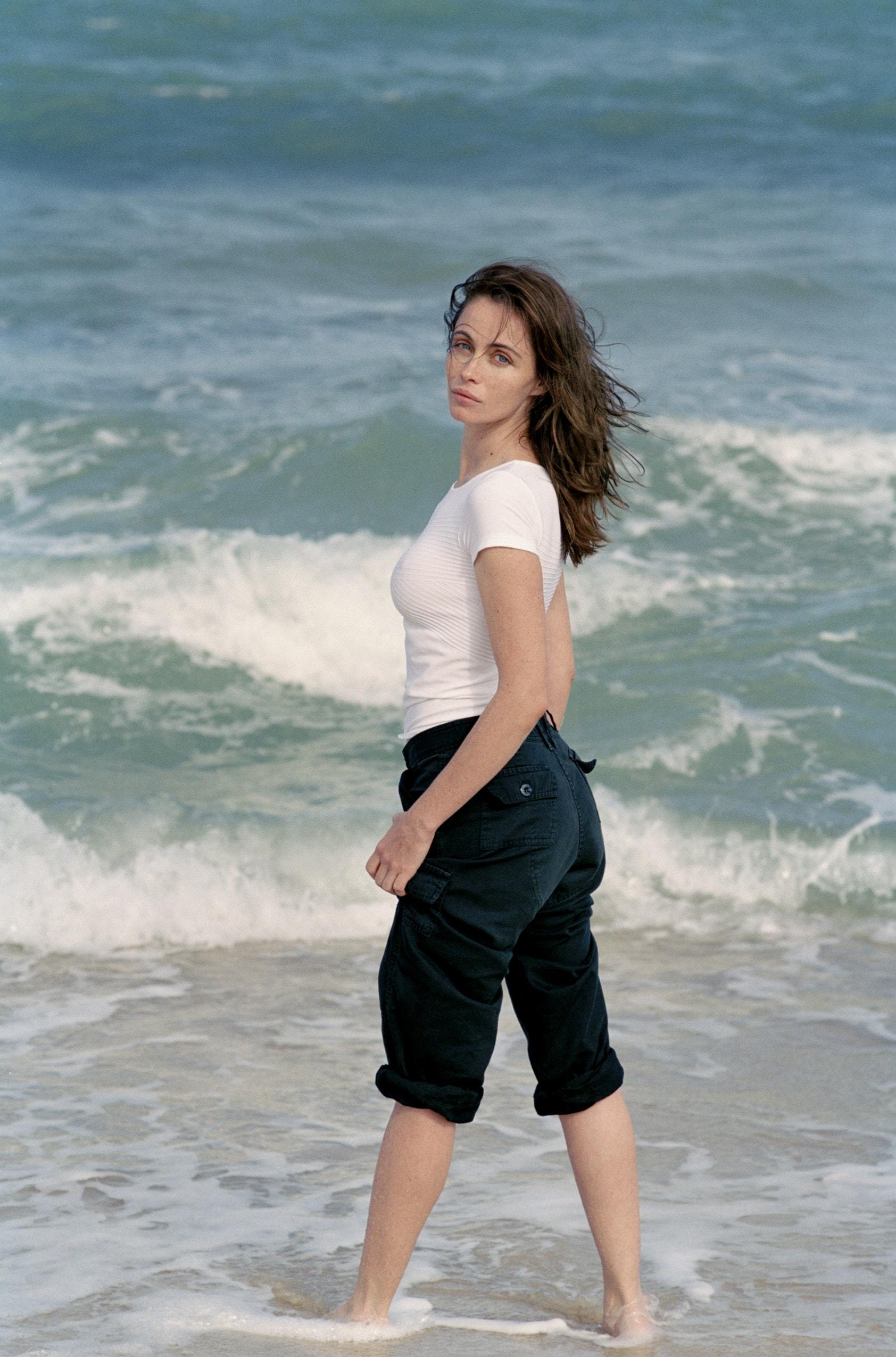 Emmanuelle Beart HD pics