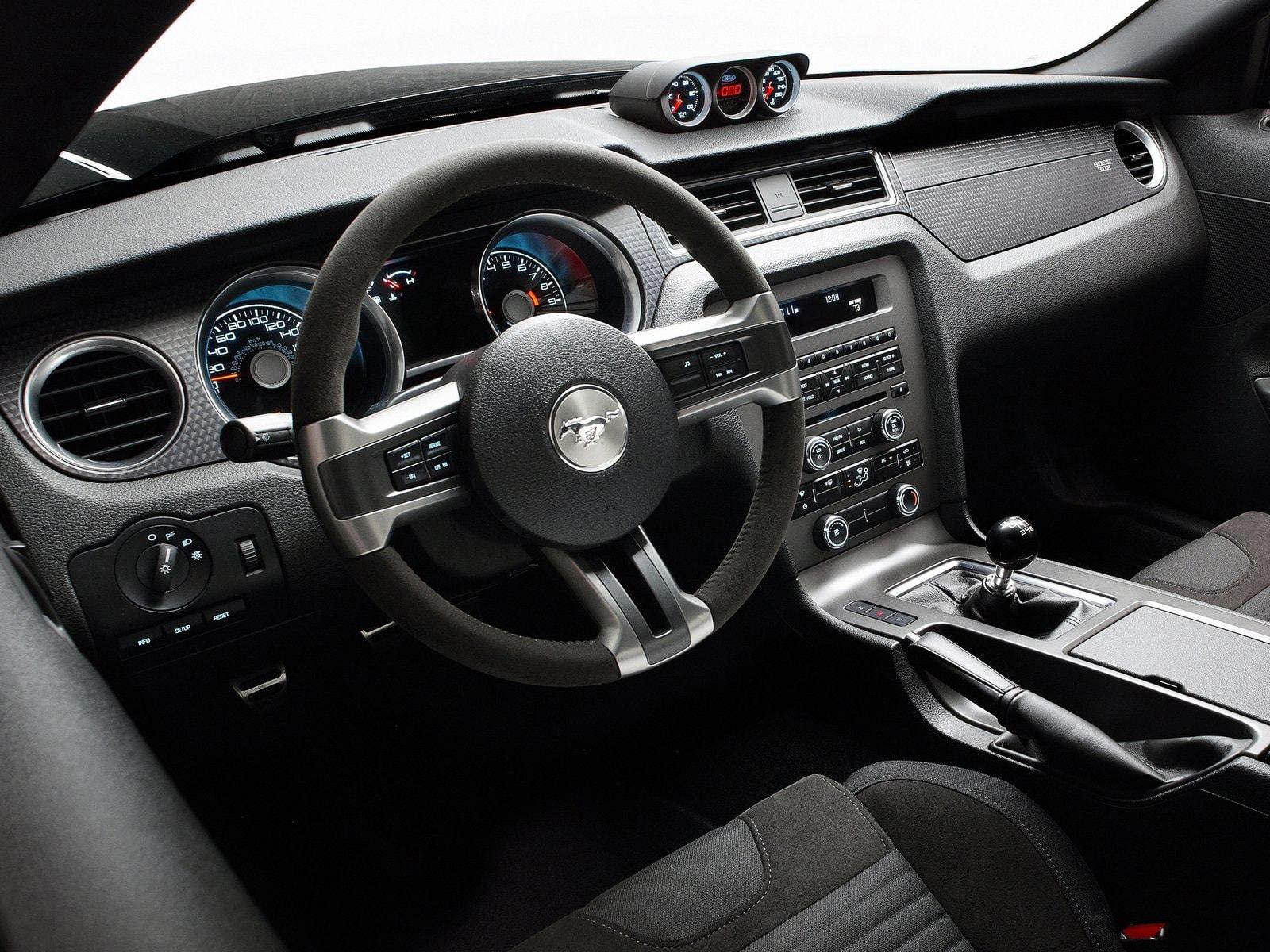 Ford Mustang Boss 302 Laguna Seca HD pics