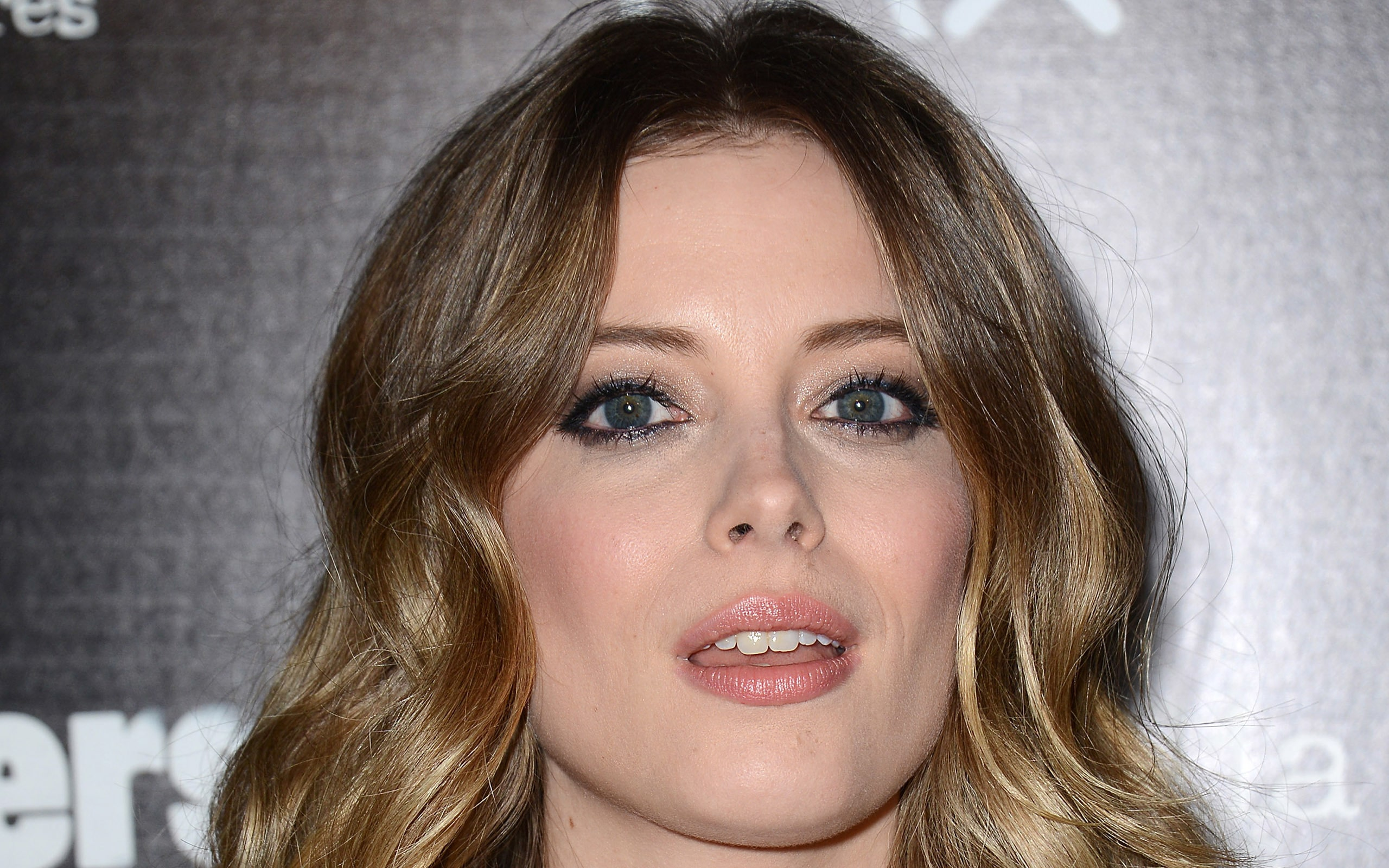 Gillian Jacobs HD pics