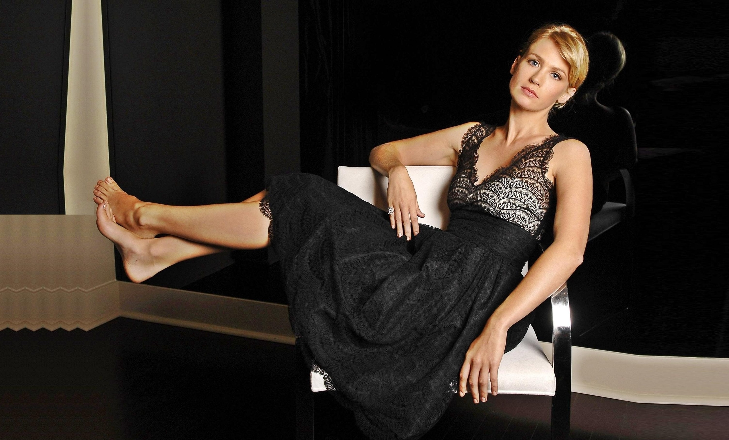 January Jones HD pics
