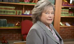 Kathy Bates widescreen wallpapers