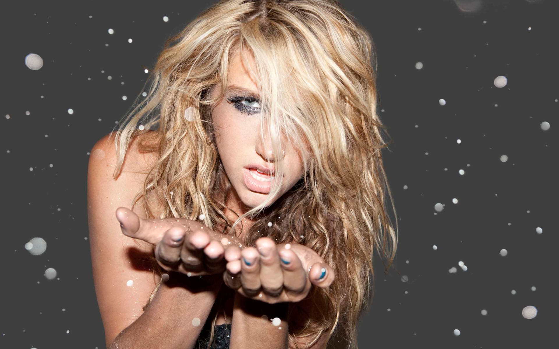 Kesha HD pics