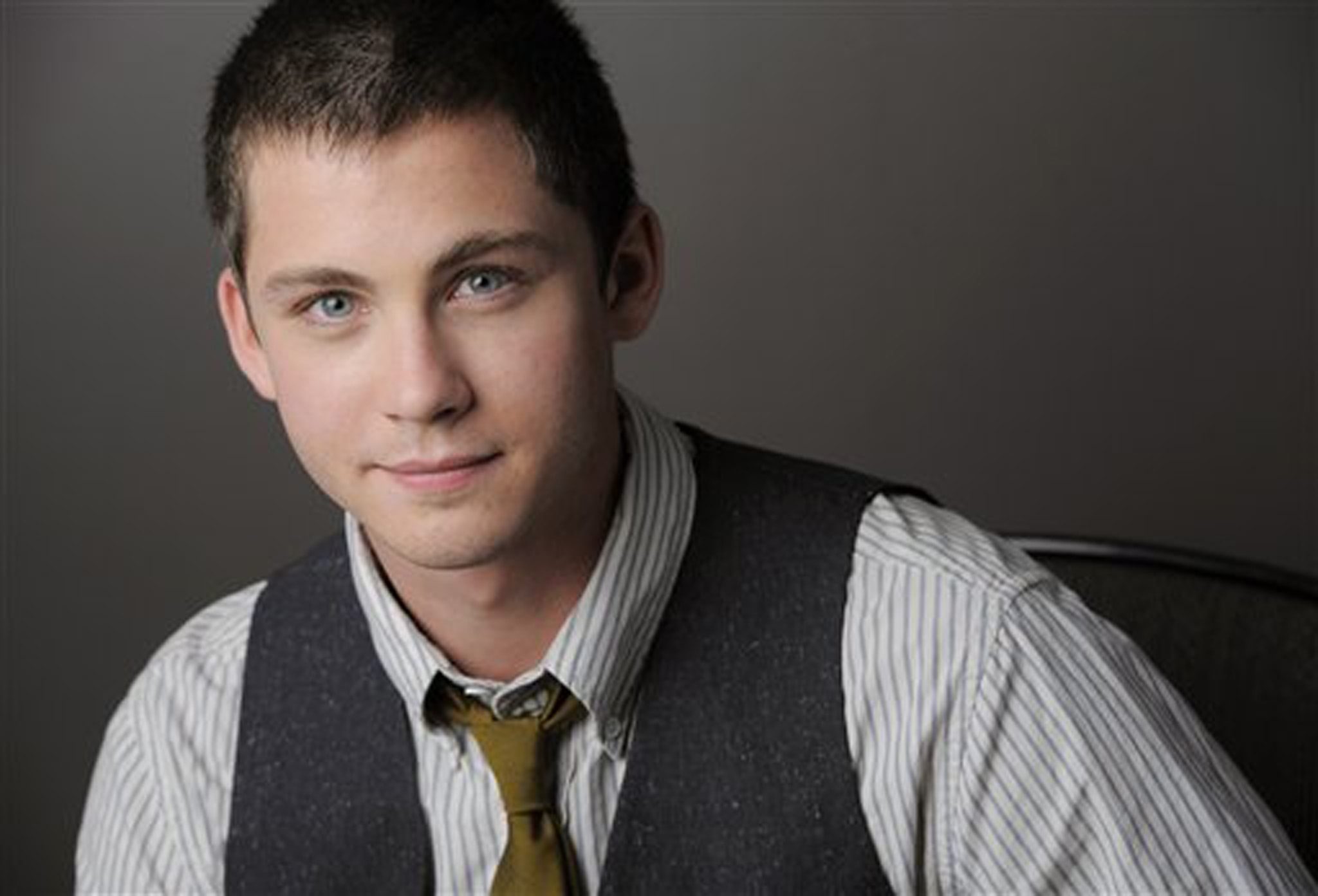 Logan Lerman HD pics