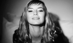 Louise Bourgoin HD pics