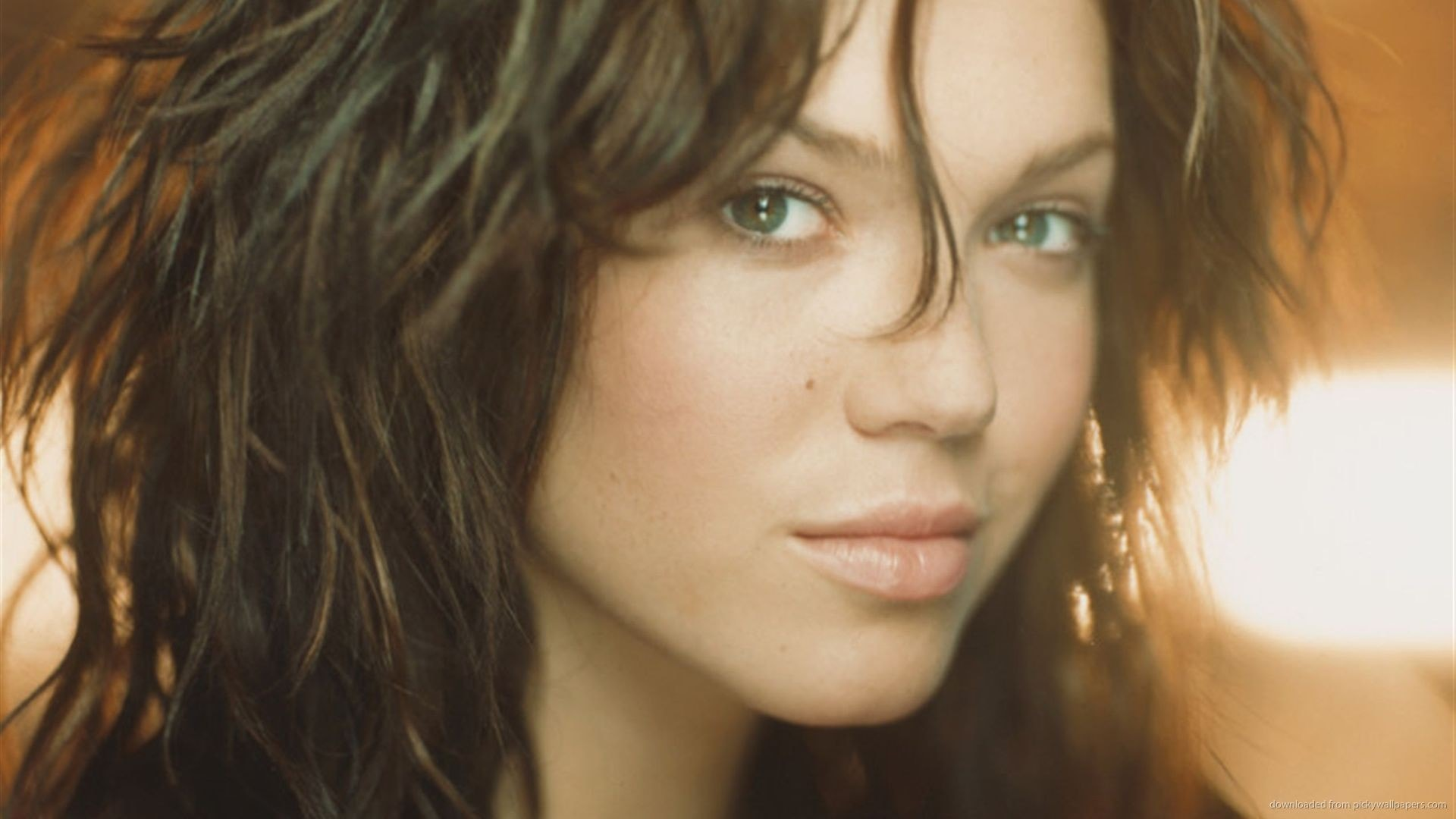 Mandy Moore HD pics