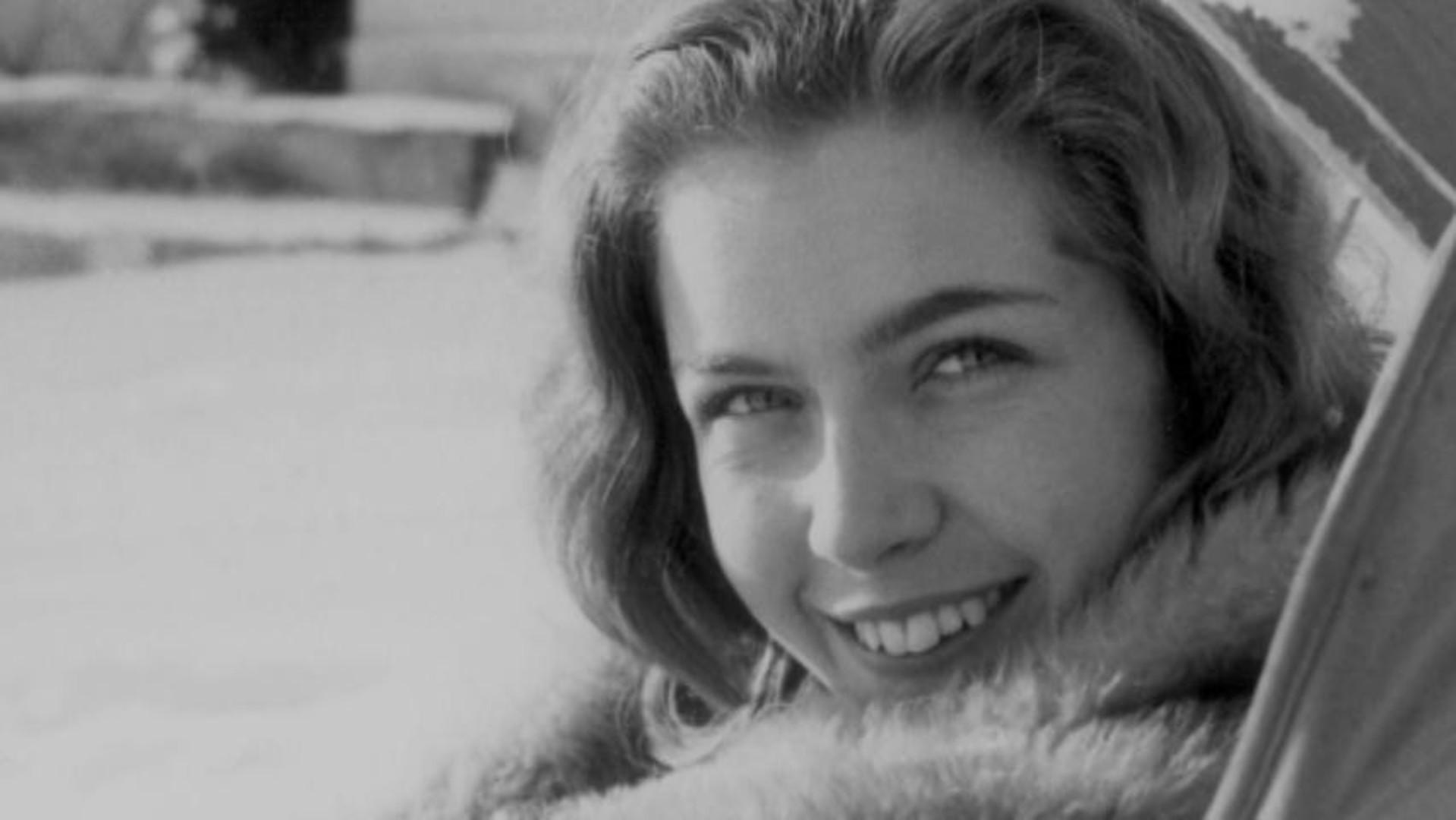 Marie Dubois Screensavers