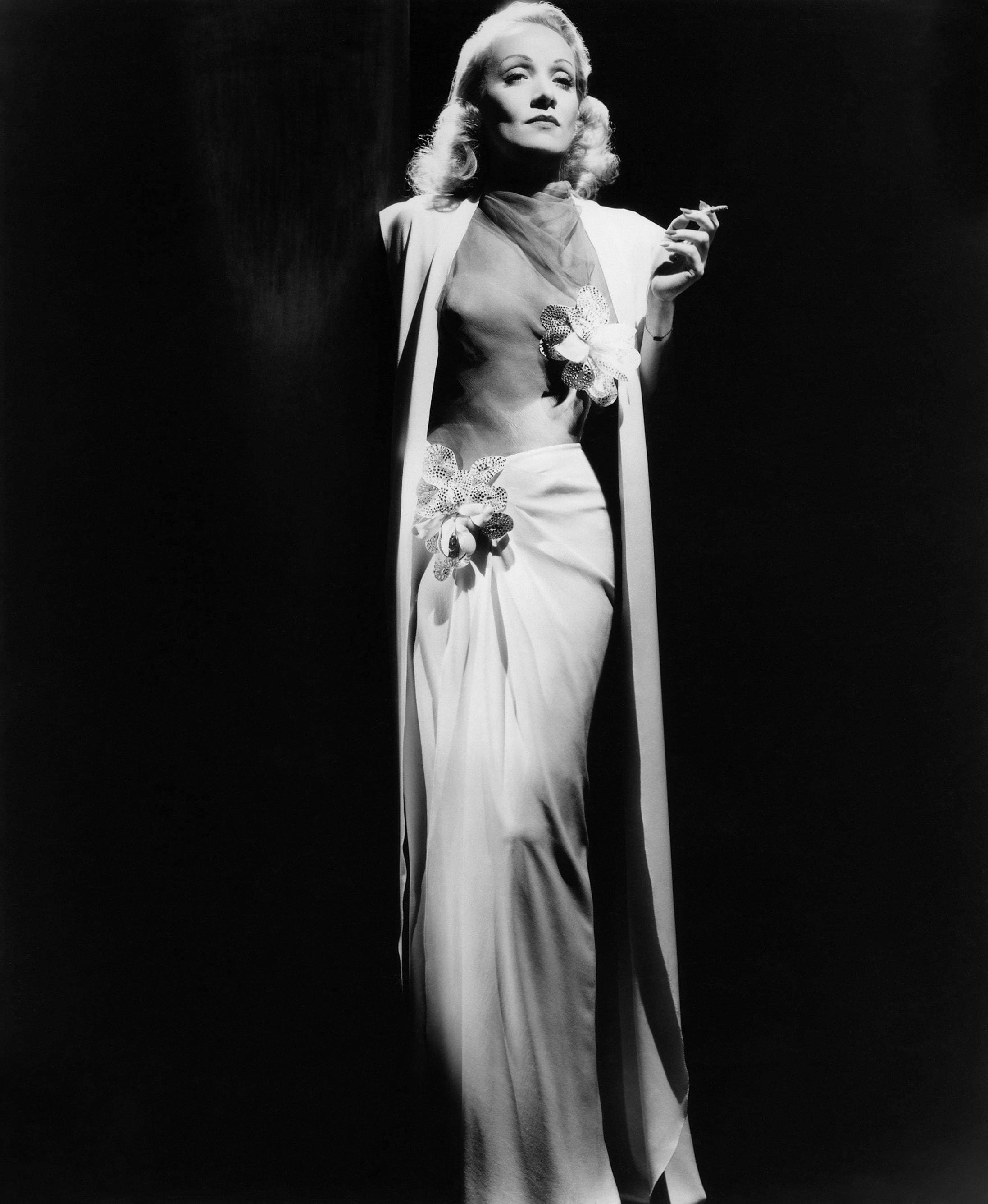 Marlene Dietrich HD pics