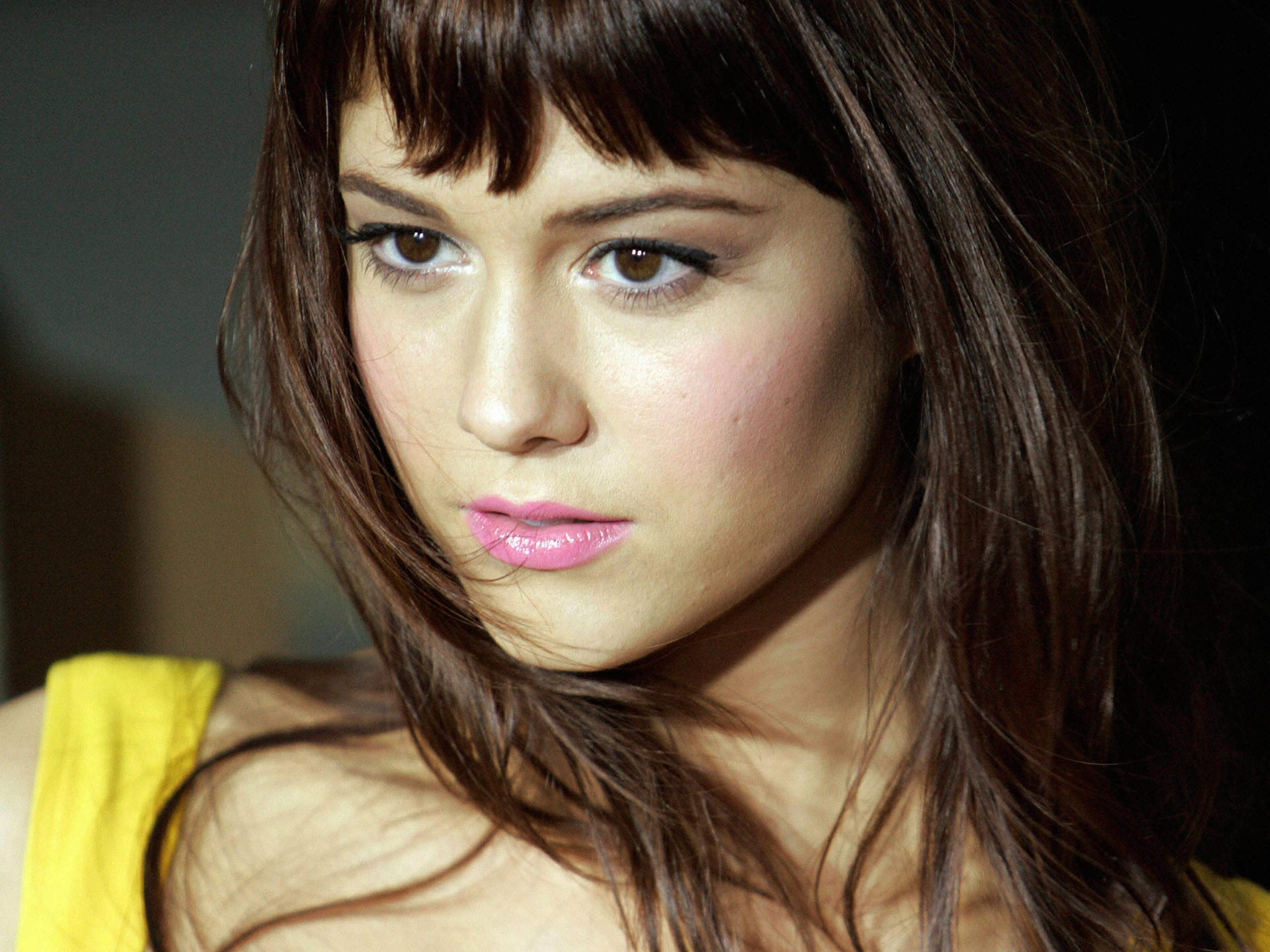 Mary Elizabeth Winstead HD pics
