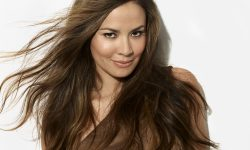 Moon Bloodgood HD pics