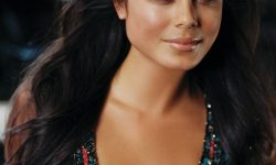 Nathalie Kelley HD pics
