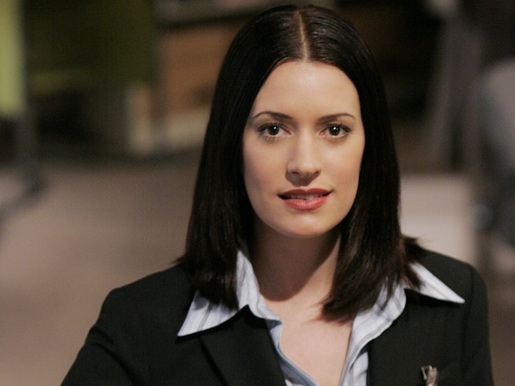 Paget Brewster HD pics