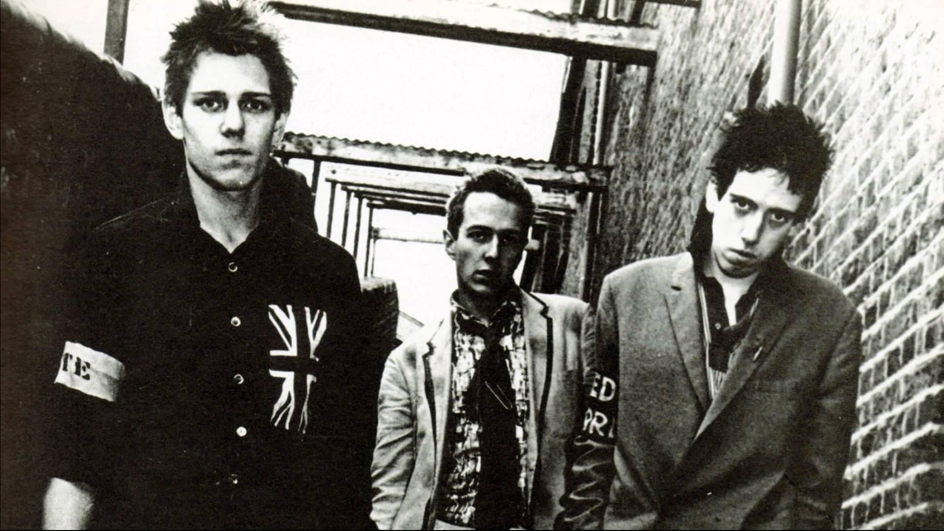 The Clash HD pics