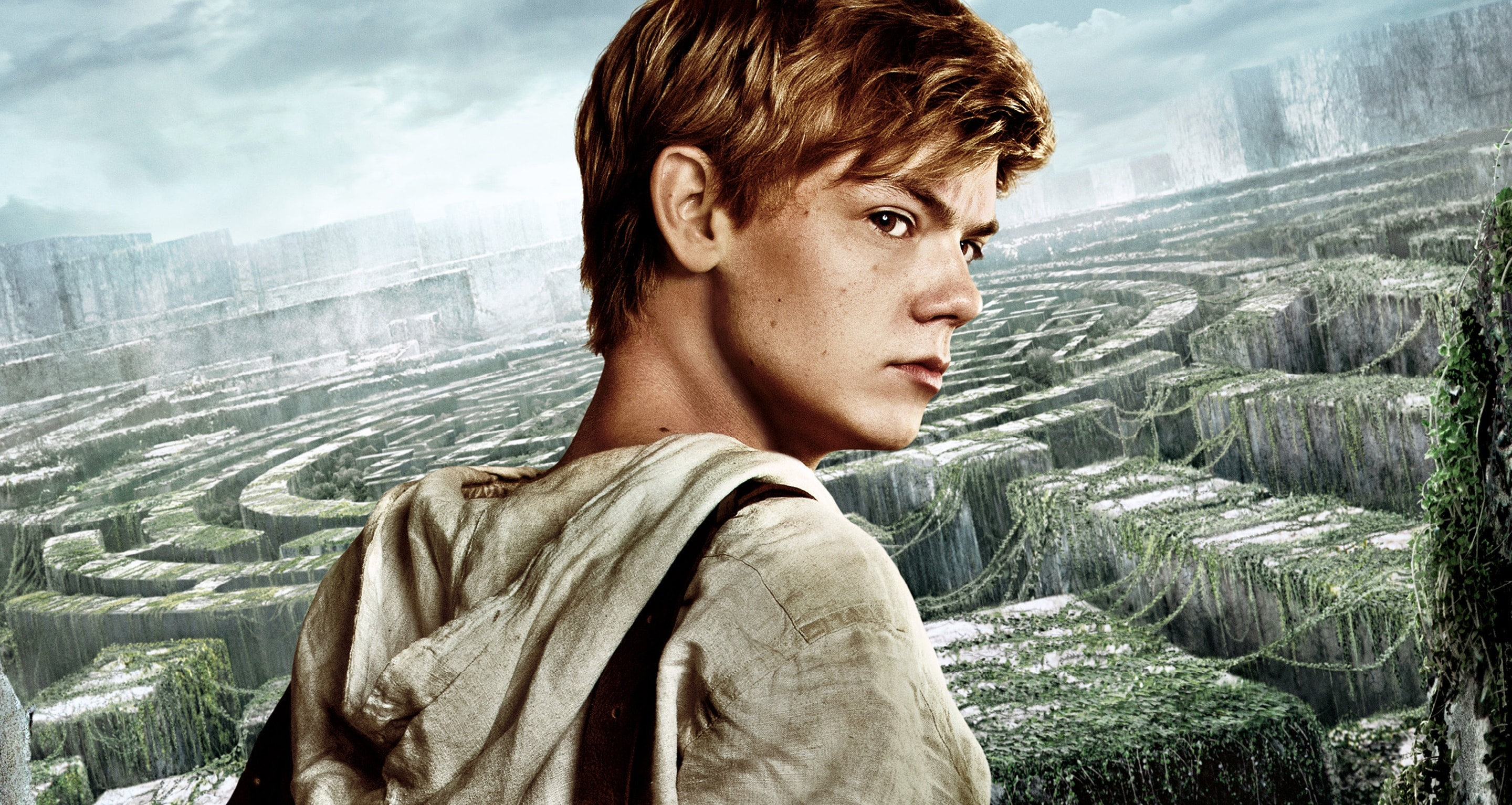 Thomas Brodie-Sangster HD pics