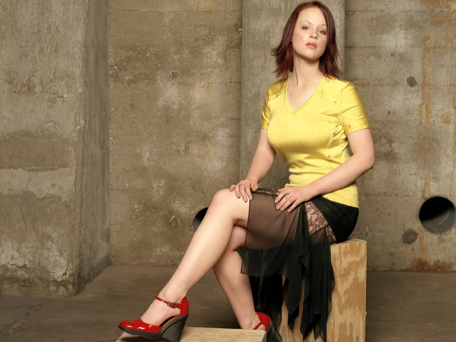 Thora Birch HD pics