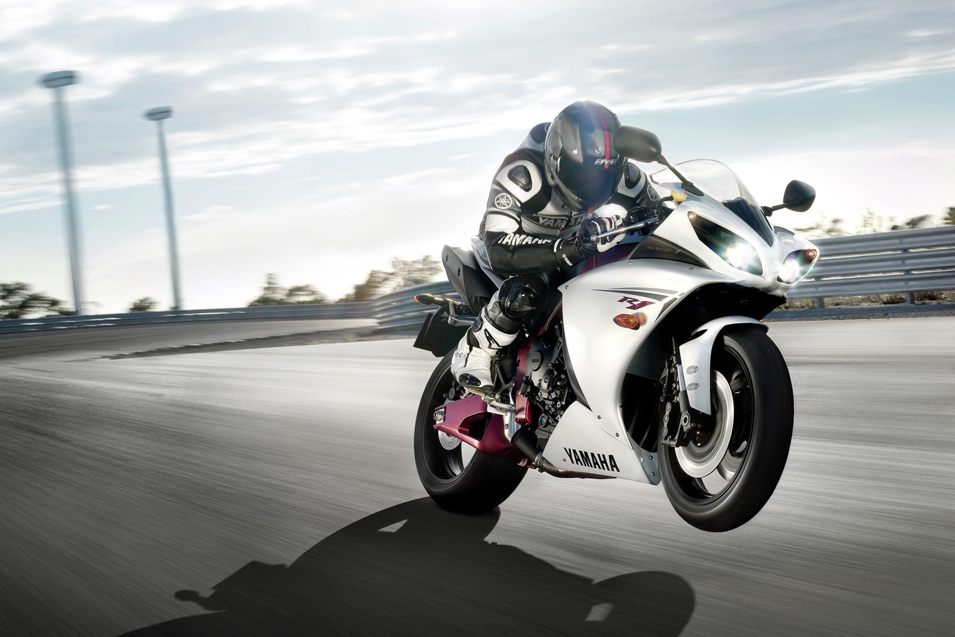 Yamaha Yzf R1 2012 Hd Wallpapers 7wallpapersnet