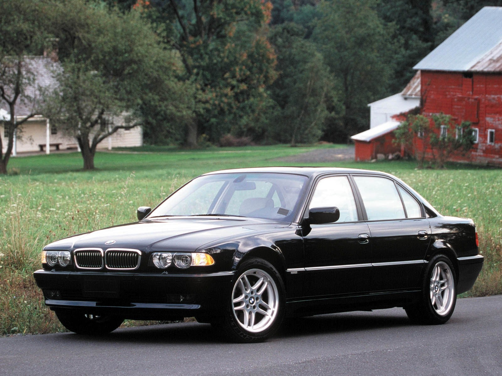1995 BMW 7 Series Pictures