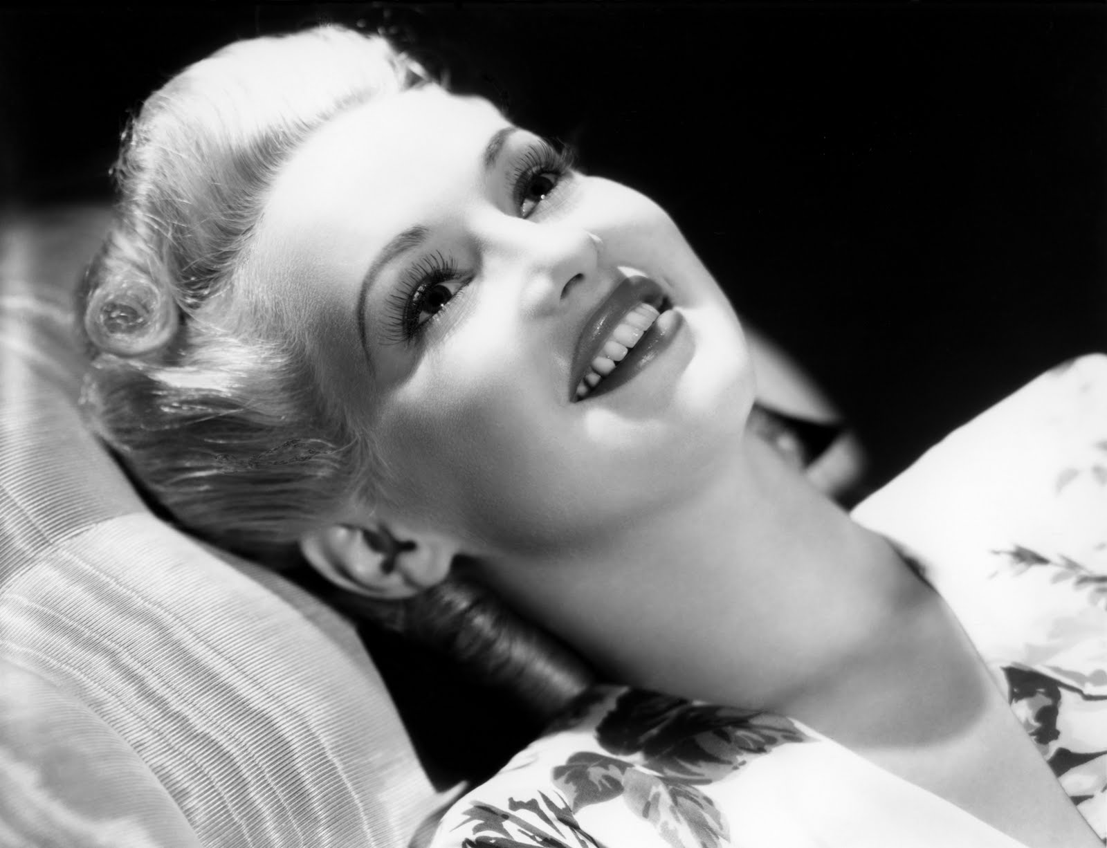 Betty Grable Wallpapers hd