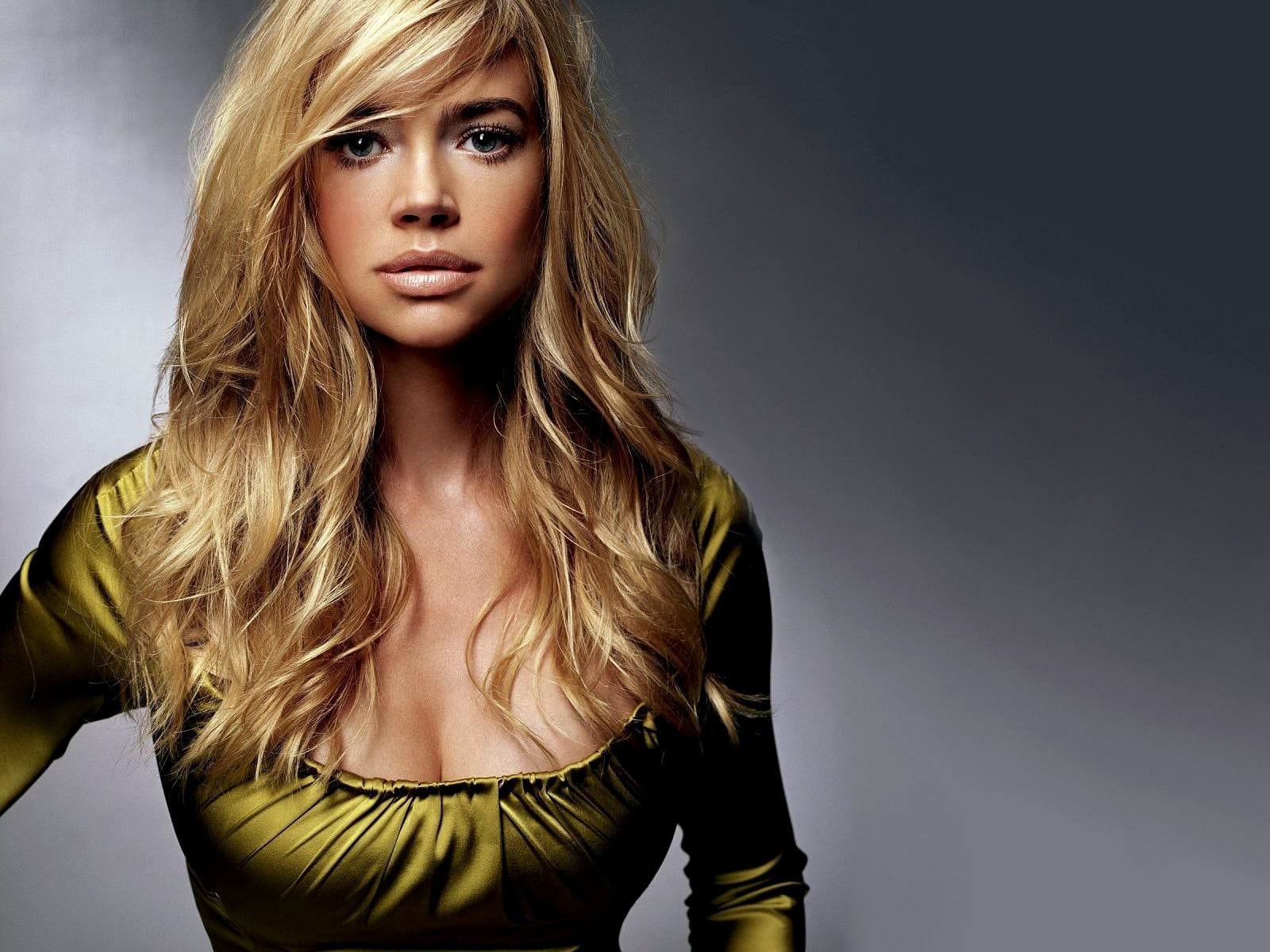Denise Richards Wallpapers hd