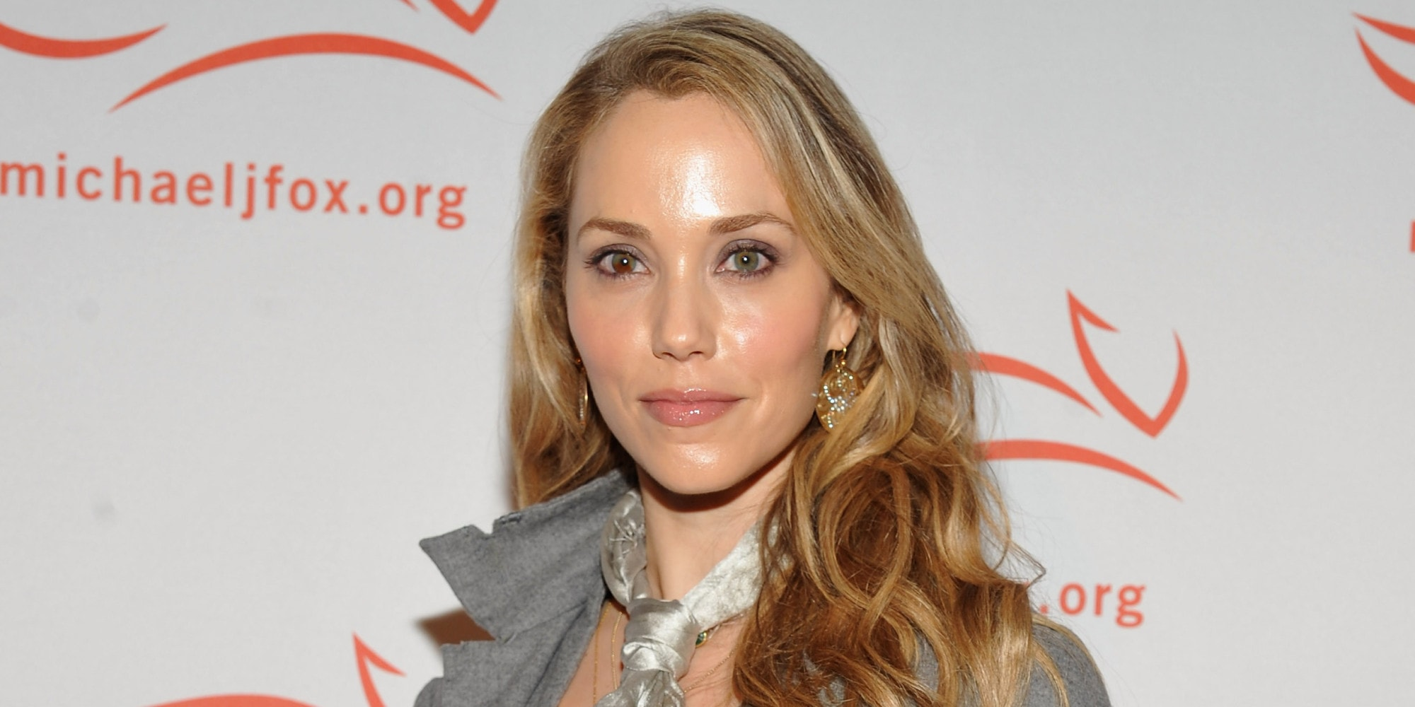 Elizabeth Berkley Wallpapers hd