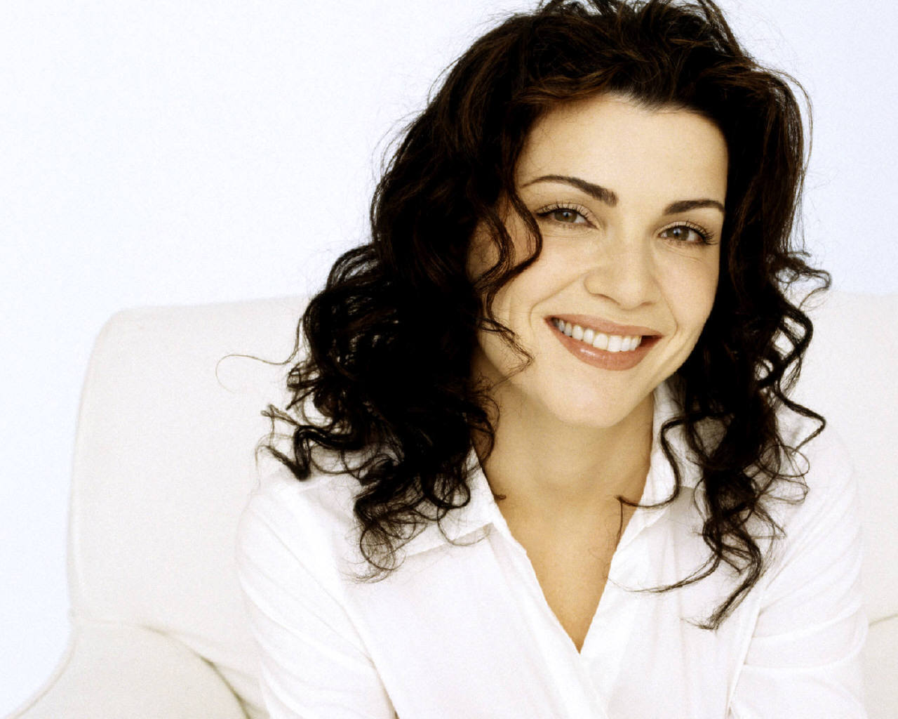 Julianna Margulies Wallpaper