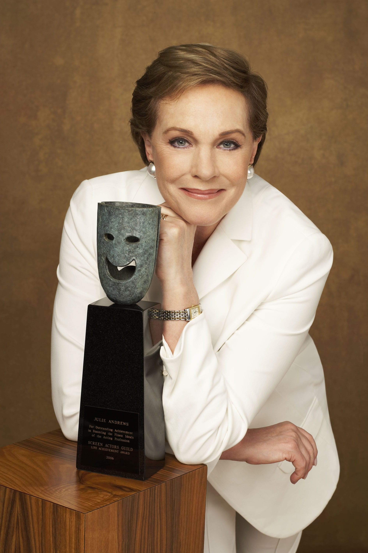 Julie Andrews Wallpapers hd