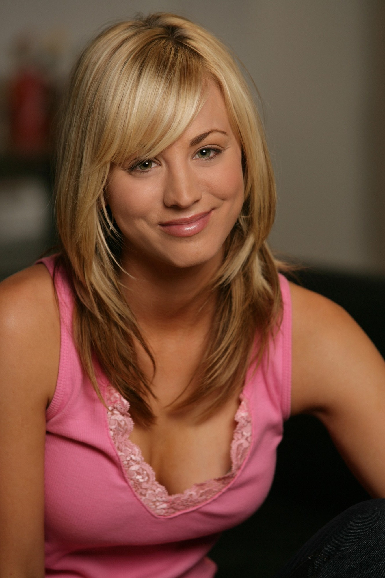 Kaley Cuoco Wallpapers hd