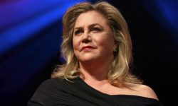 Kathleen Turner widescreen wallpapers
