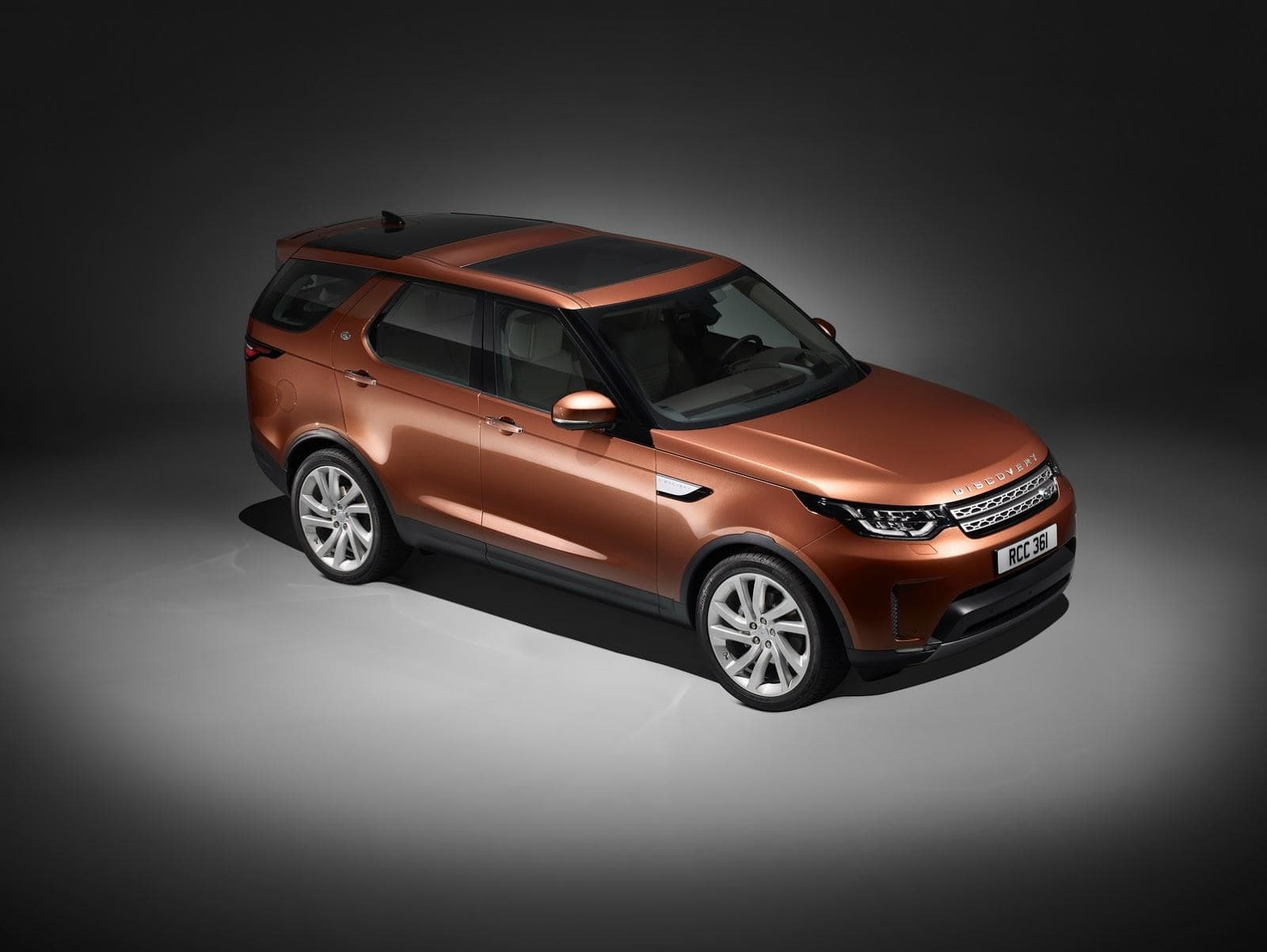 Land Rover Discovery 5 Wallpapers hd