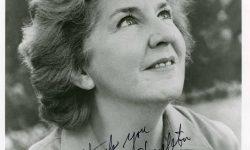 Maureen Stapleton Background