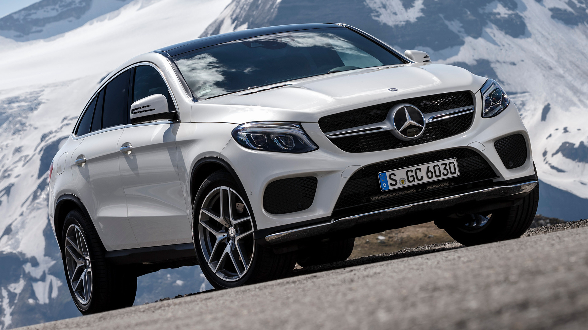 Mercedes-Benz GLE coupe HD pictures