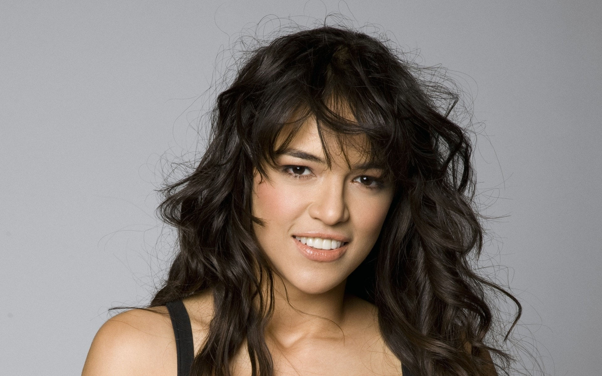 Michelle Rodriguez Wallpapers hd