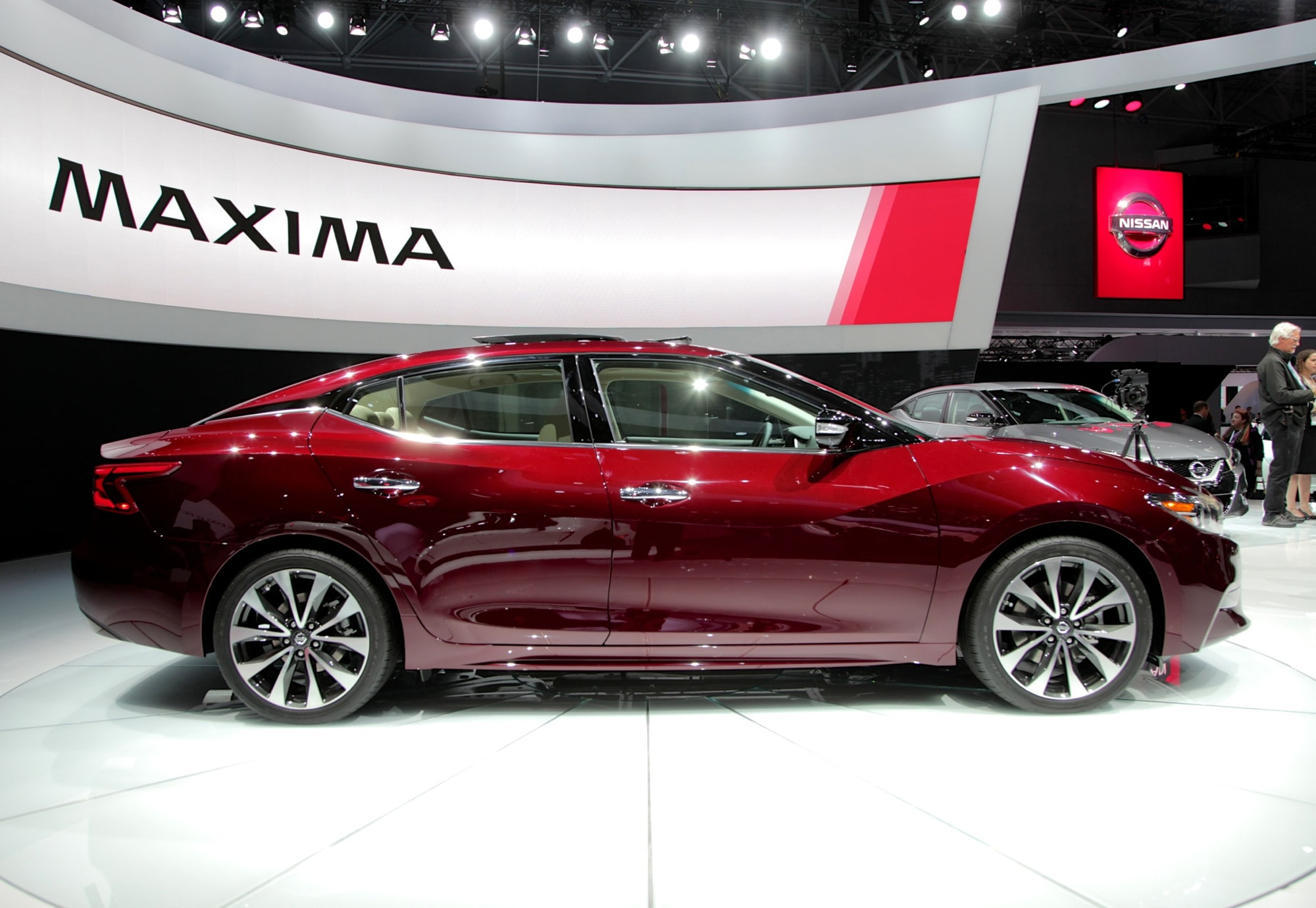Nissan Maxima 8 Wallpapers hd