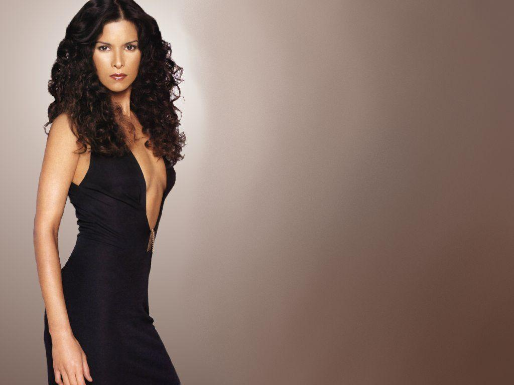 Patricia Velasquez Wallpapers hd
