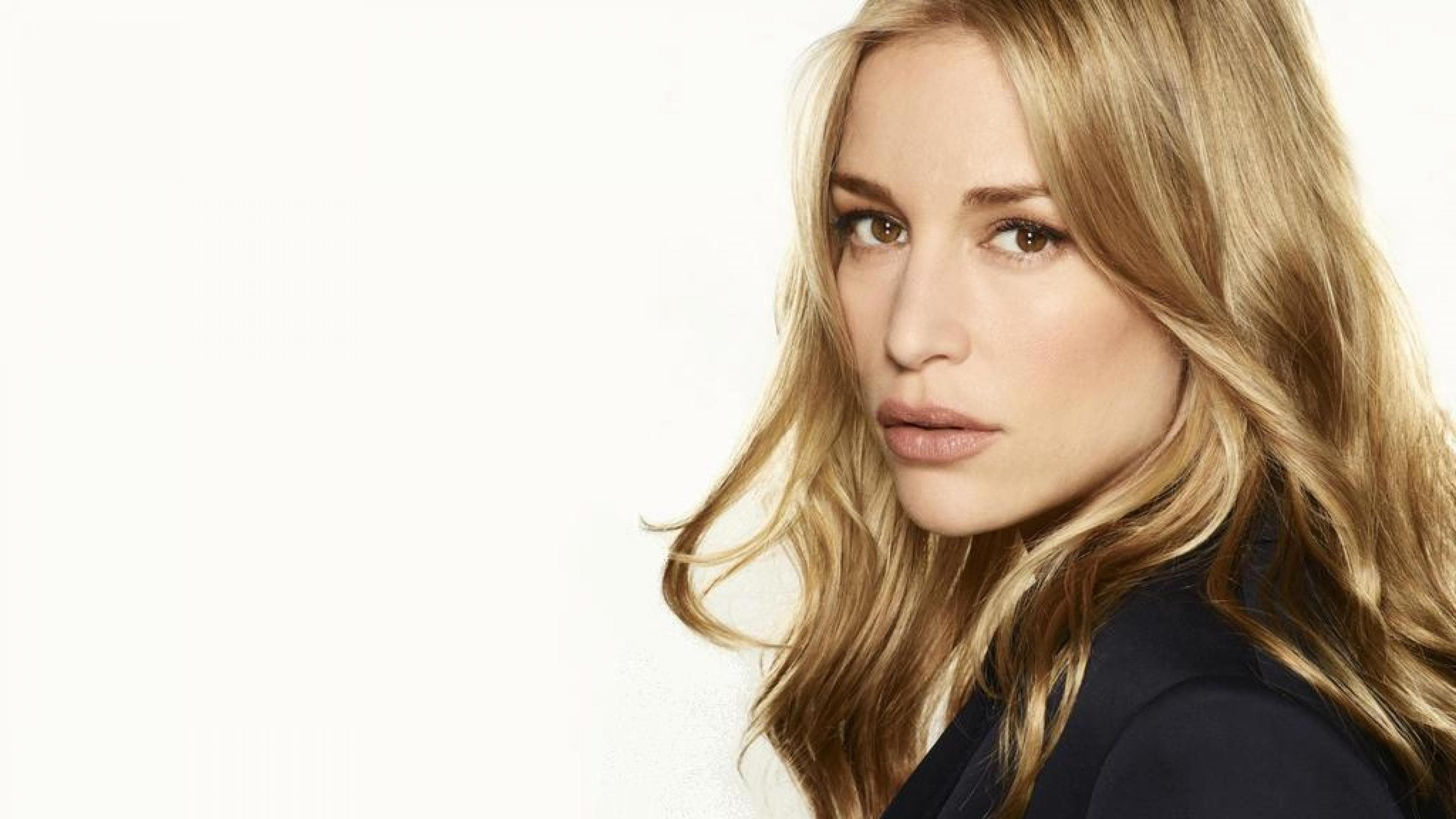 Piper Perabo Wallpapers hd
