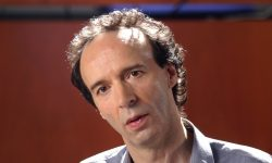 Roberto Benigni Wallpapers hd