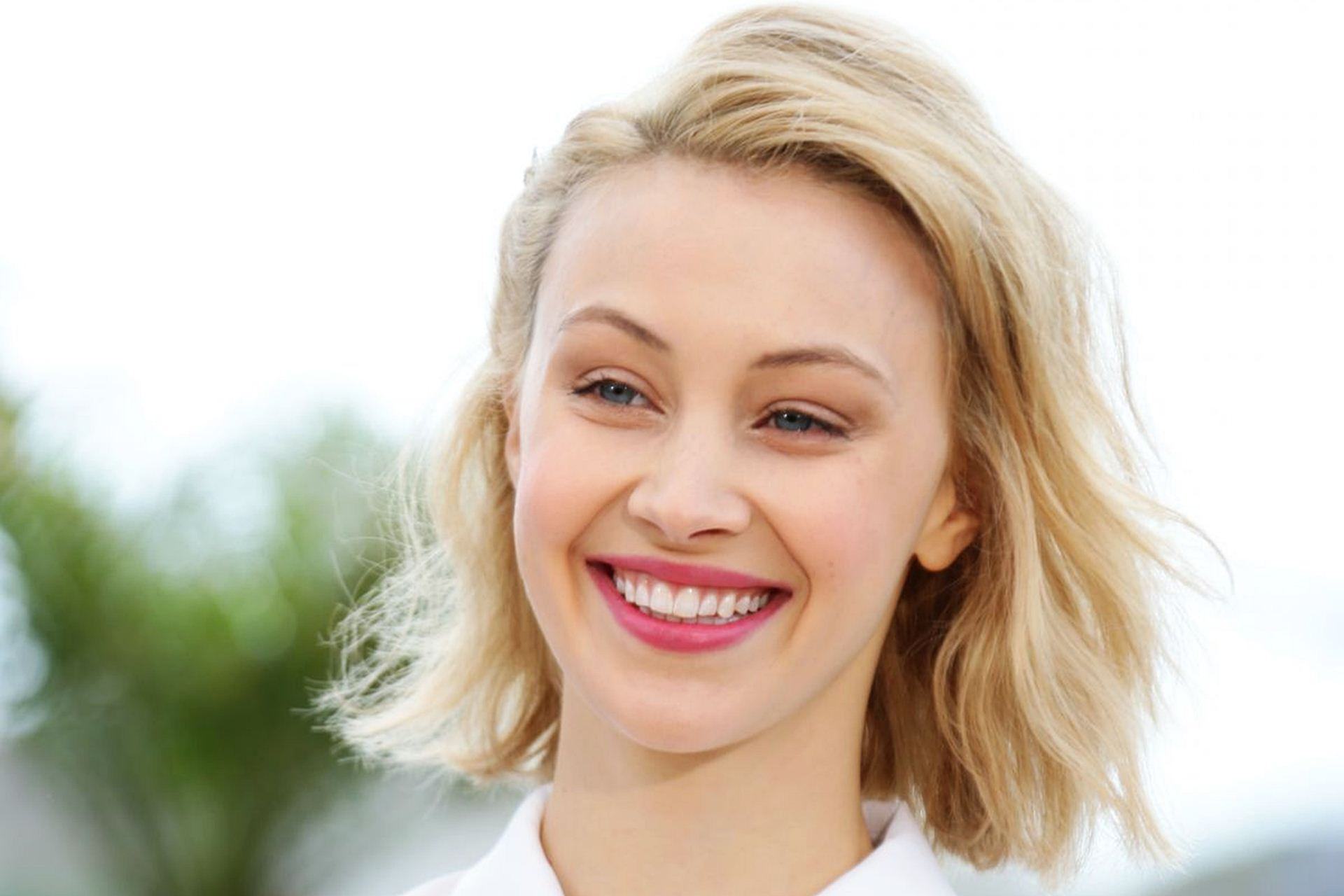 Sarah Gadons Wallpapers hd