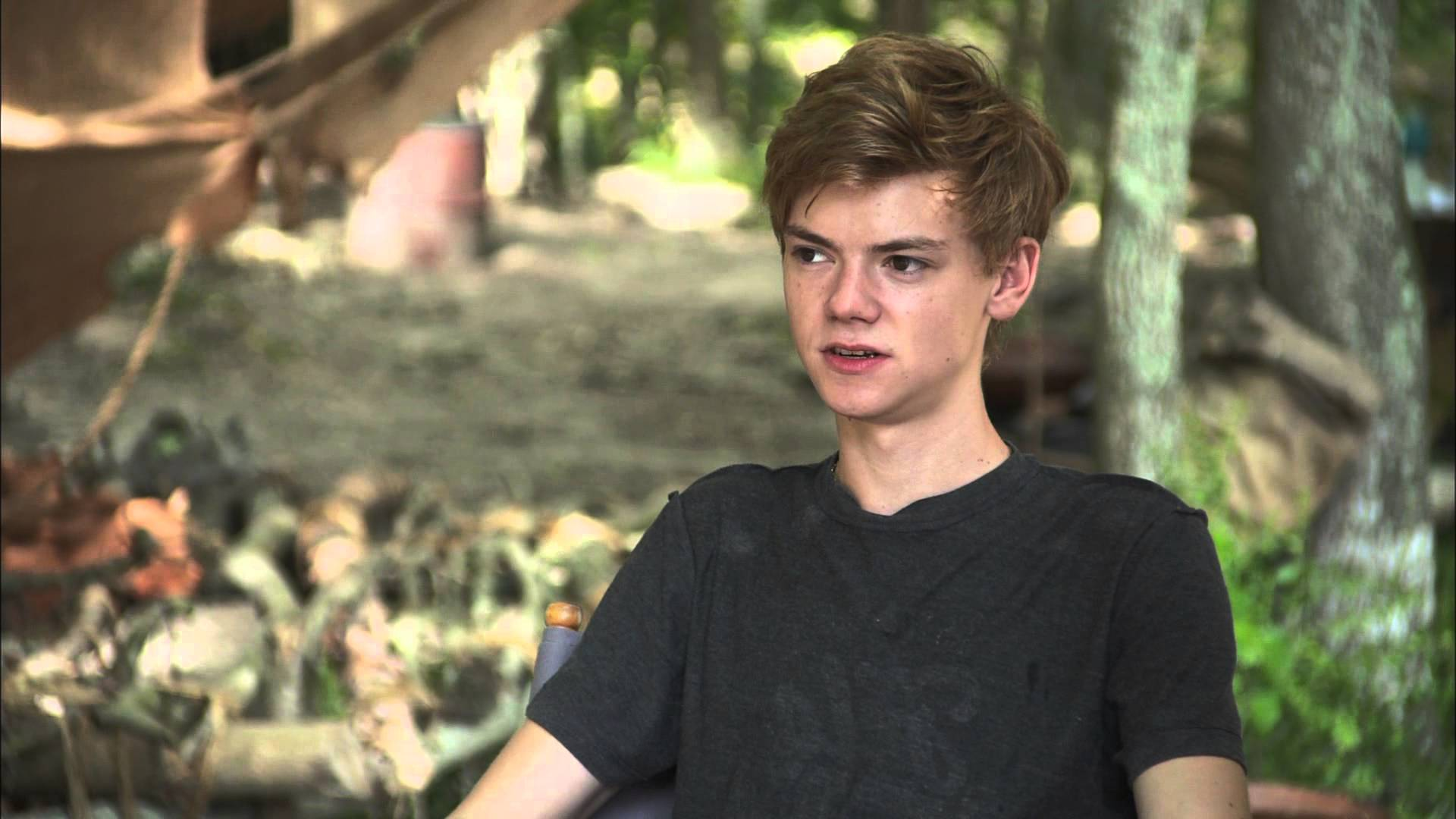 Thomas Brodie-Sangster Wallpapers hd