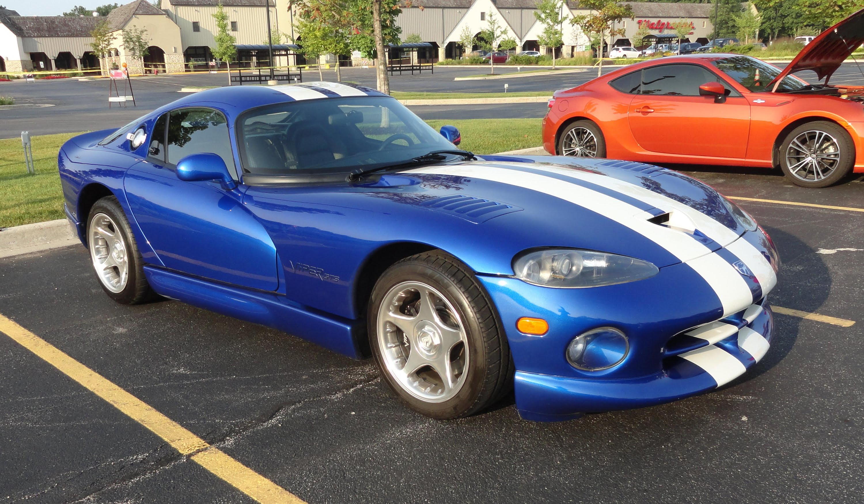 1996 Dodge Viper GTS Backgrounds