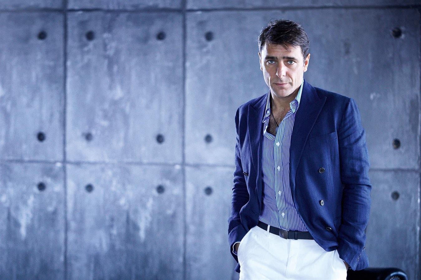 Adriano Giannini Backgrounds