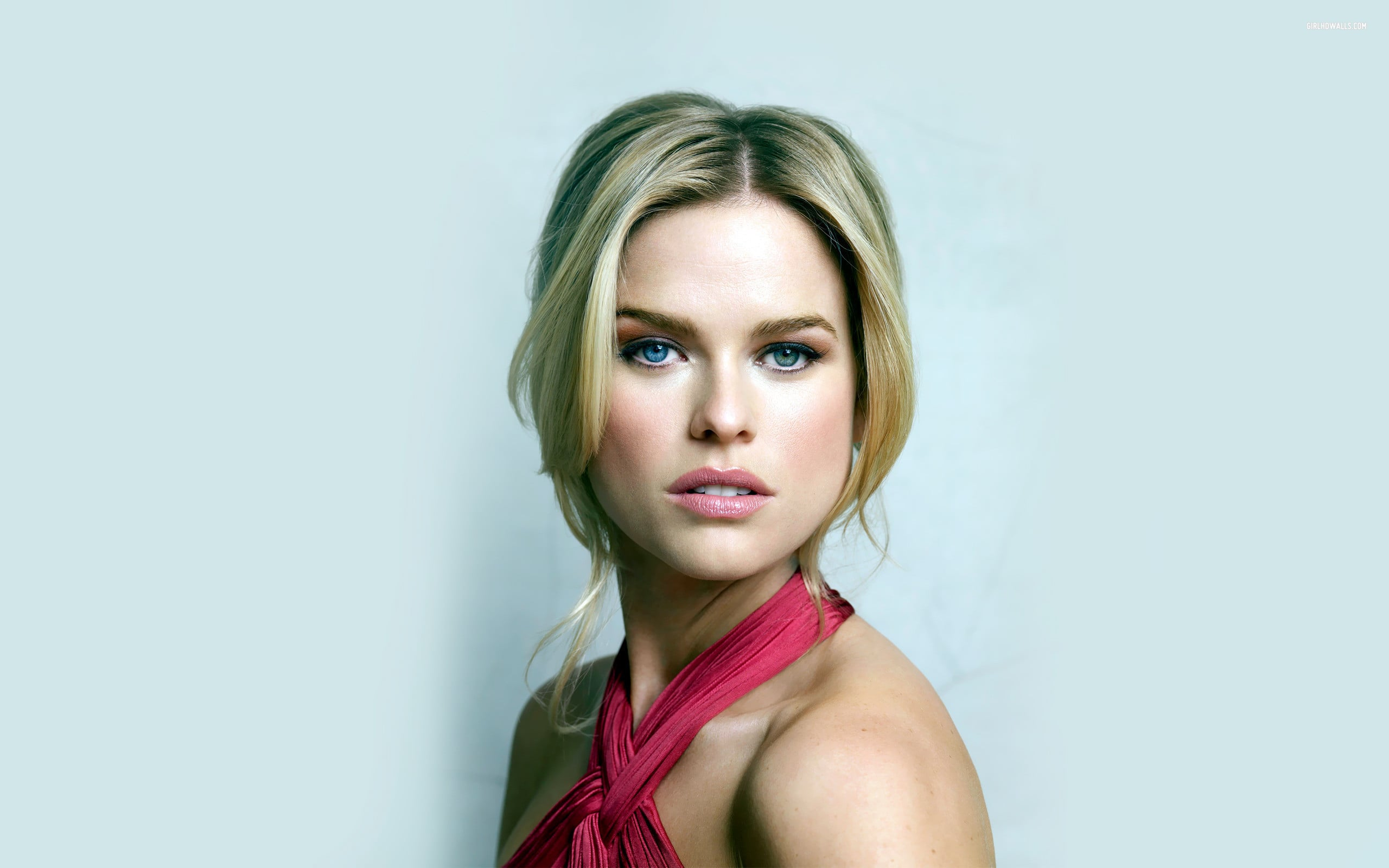 Alice Eve Backgrounds