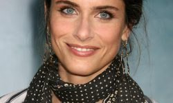 Amanda Peet Backgrounds