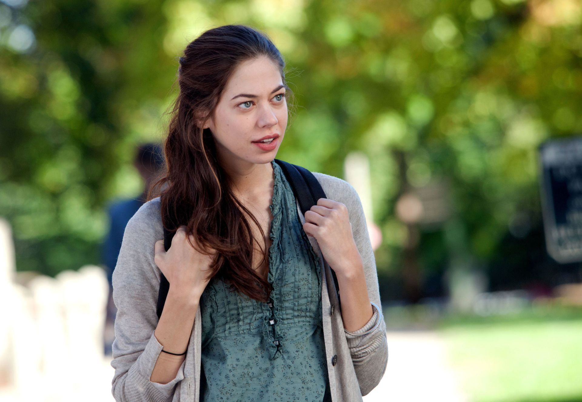 Analeigh Tipton Backgrounds