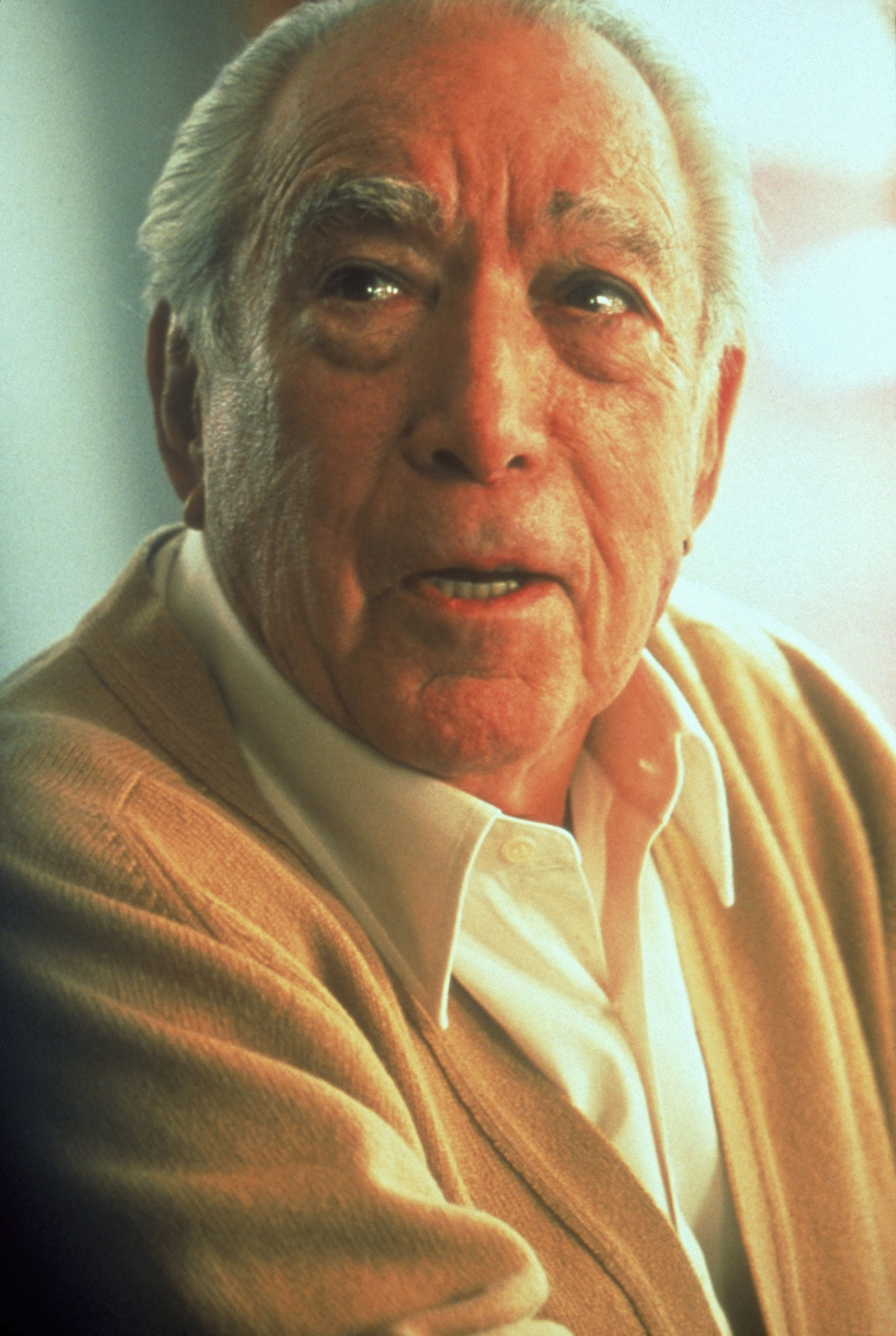 Anthony Quinn Backgrounds