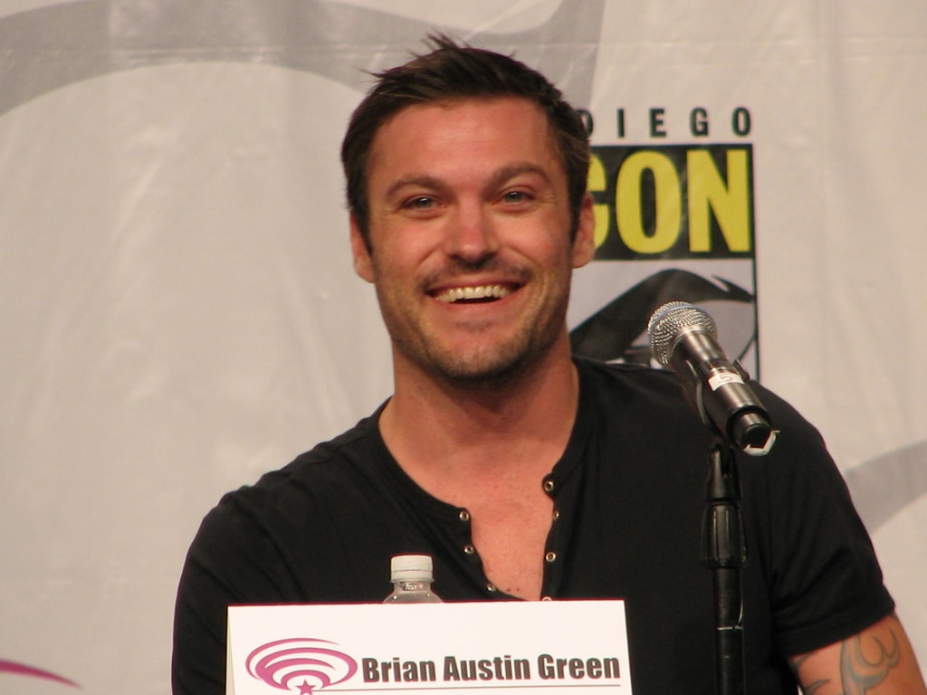 Brian Austin Green Backgrounds