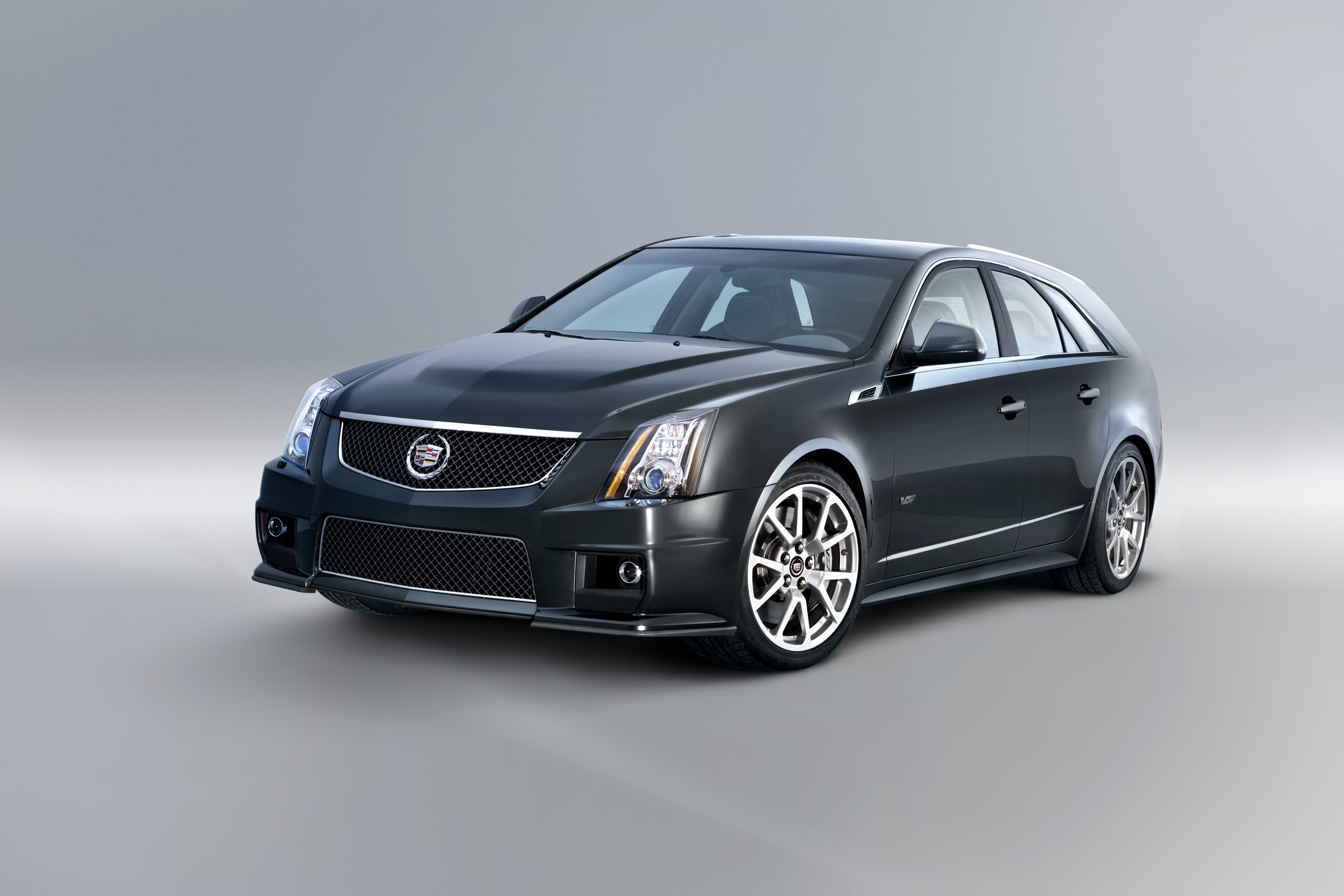 Cadillac CTS-V Wagon Backgrounds
